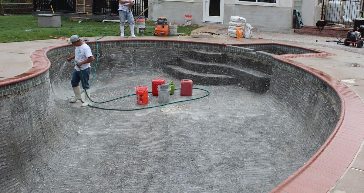 pool-repairers.jpg